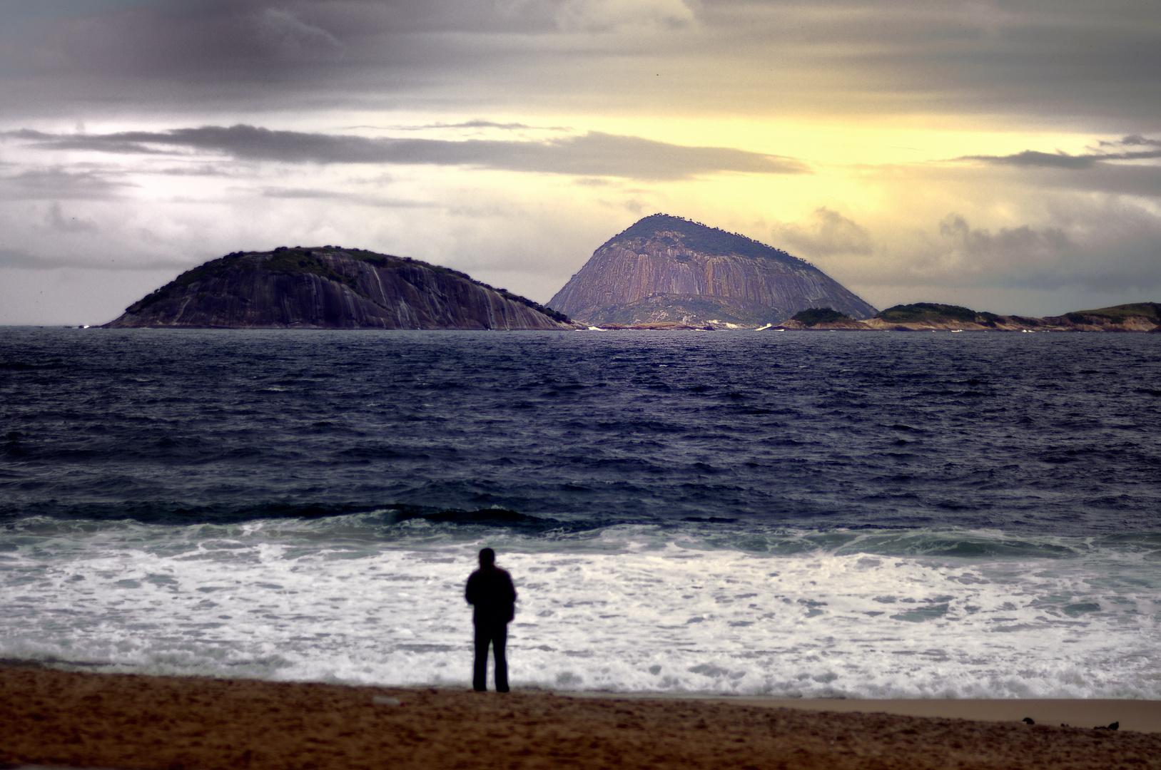 Rio im Winter - Mann und Fels
