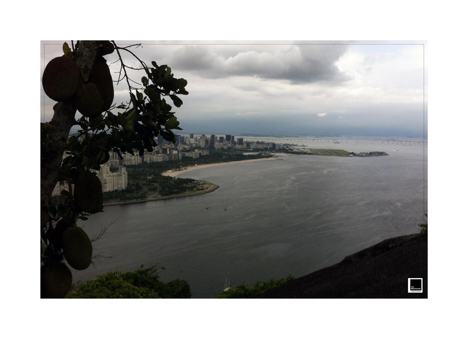 Rio_Iphone4_012_aus_beb_rahmen_kl_cc