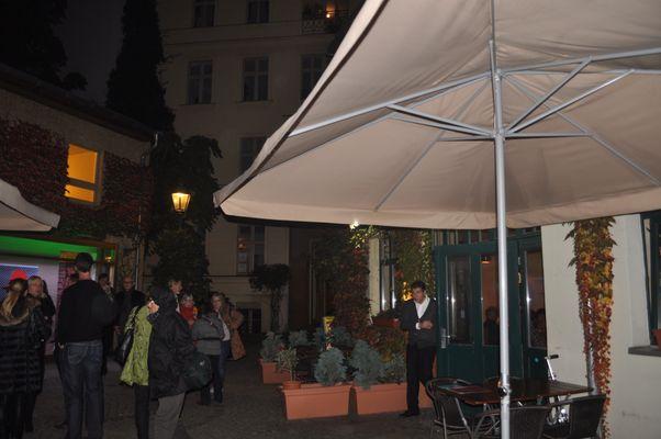 Ristorante Garda Ausstellung von Mané Wunderlich monumentalWunderlich in den Heckmann Höfen 25 Jahre