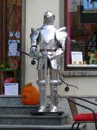 Ritter blitzblank auf dem marktplatz von linz/ rhein -19.9.13