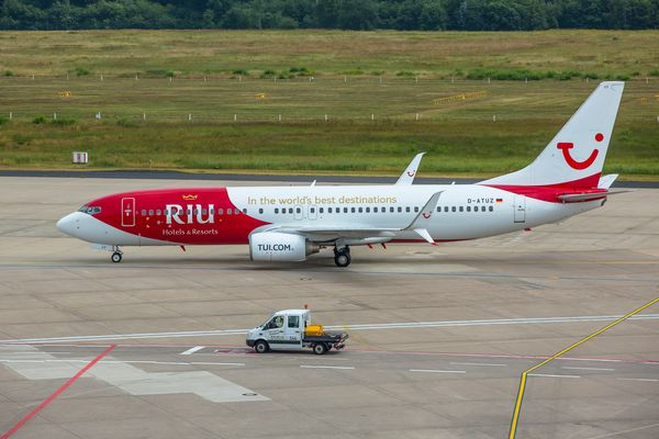 """RIU Hotels & Resorts"""