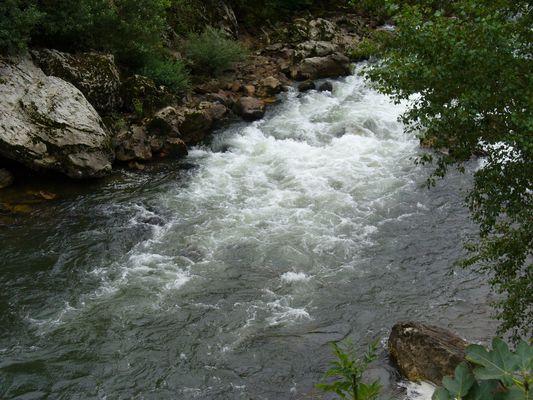 rivière du pays basque
