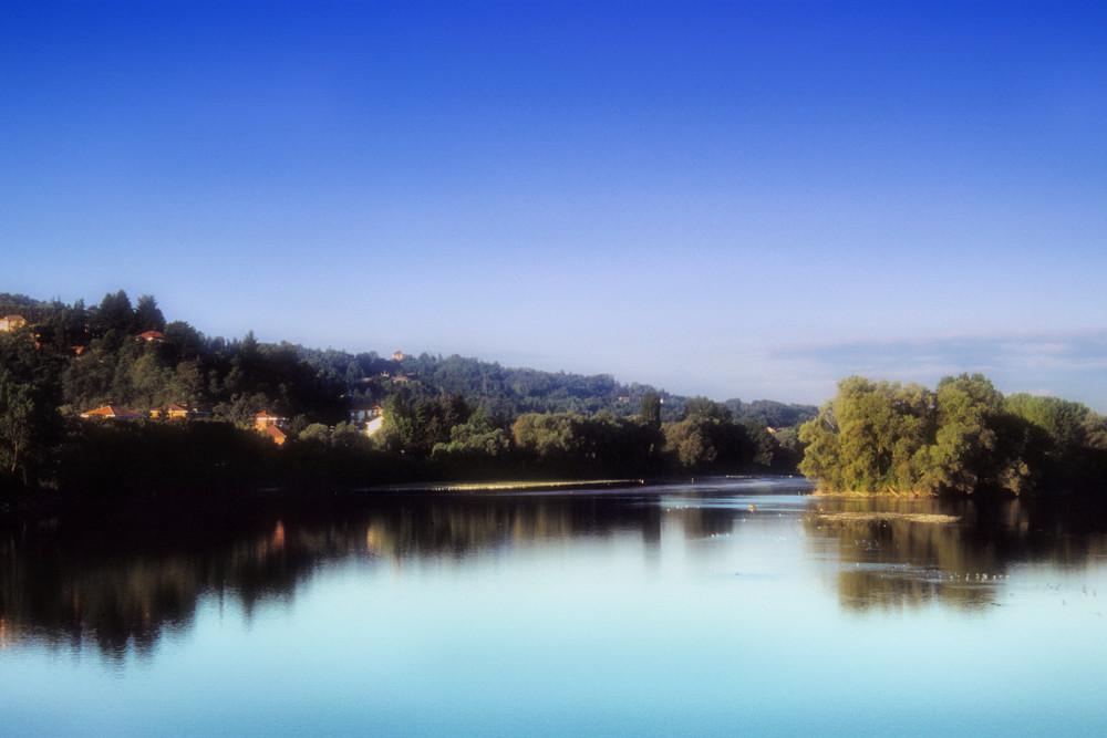 Rlflessi sul fiume