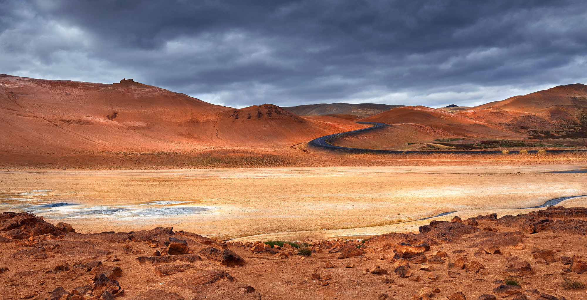 Road on Mars / Hochtemperaturgebiet Námafjall