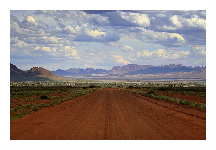Road to  Namib Naukluft