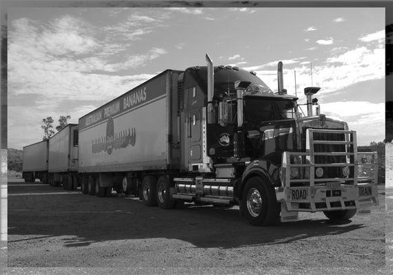 Roadtrain in SW