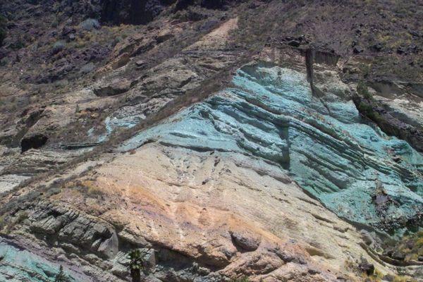 rocher a la sortie de mogan
