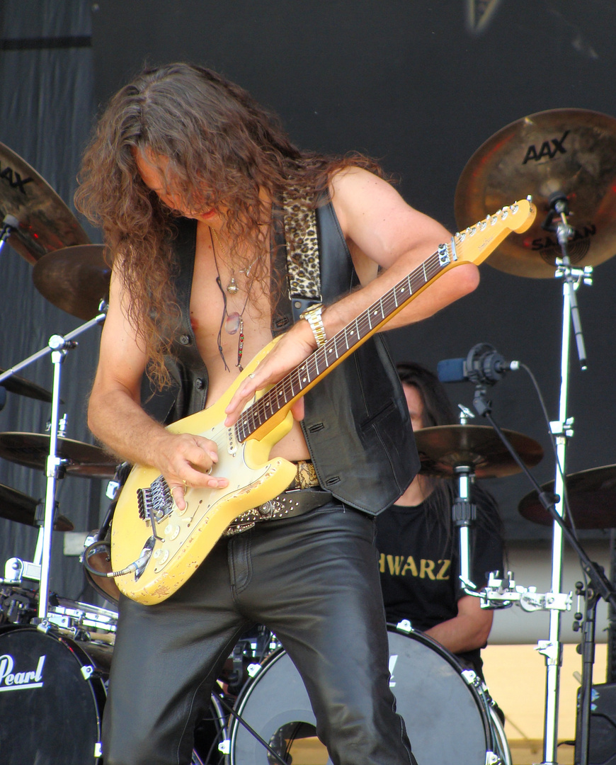 Rock Guitarrist .. working