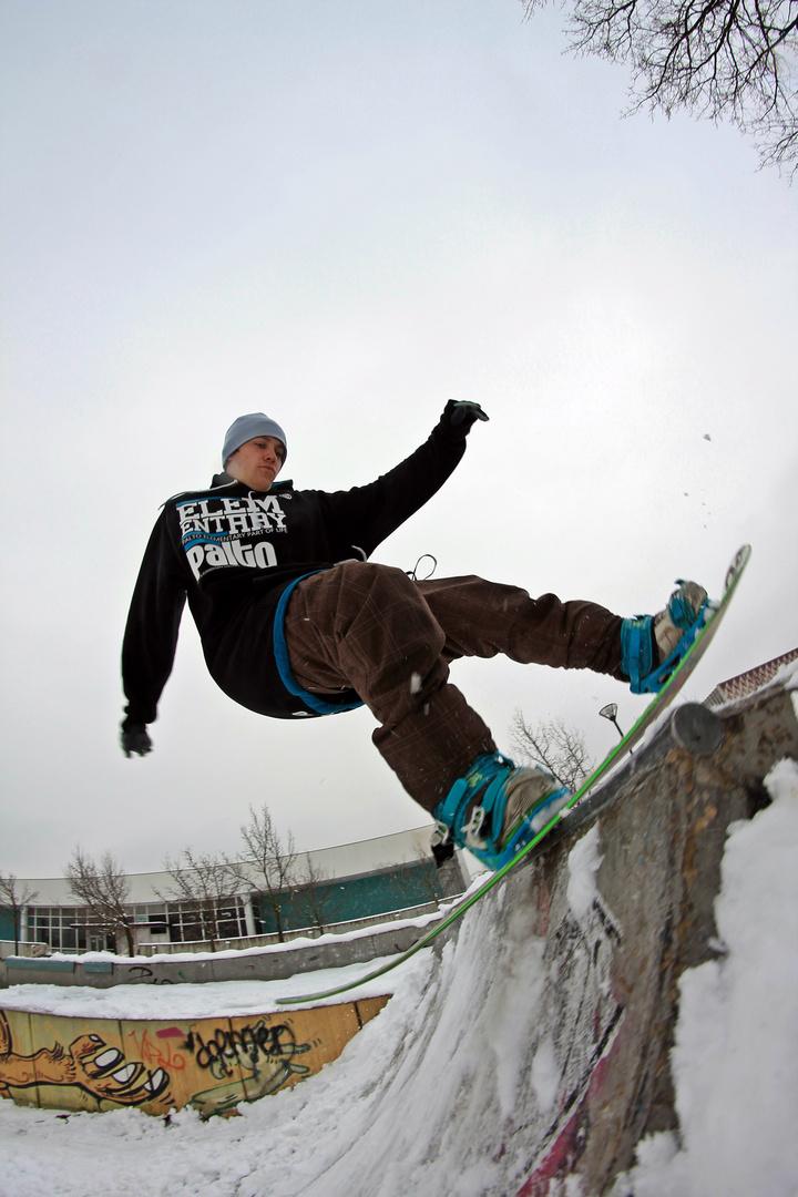 rock to fakie @ local skatepark