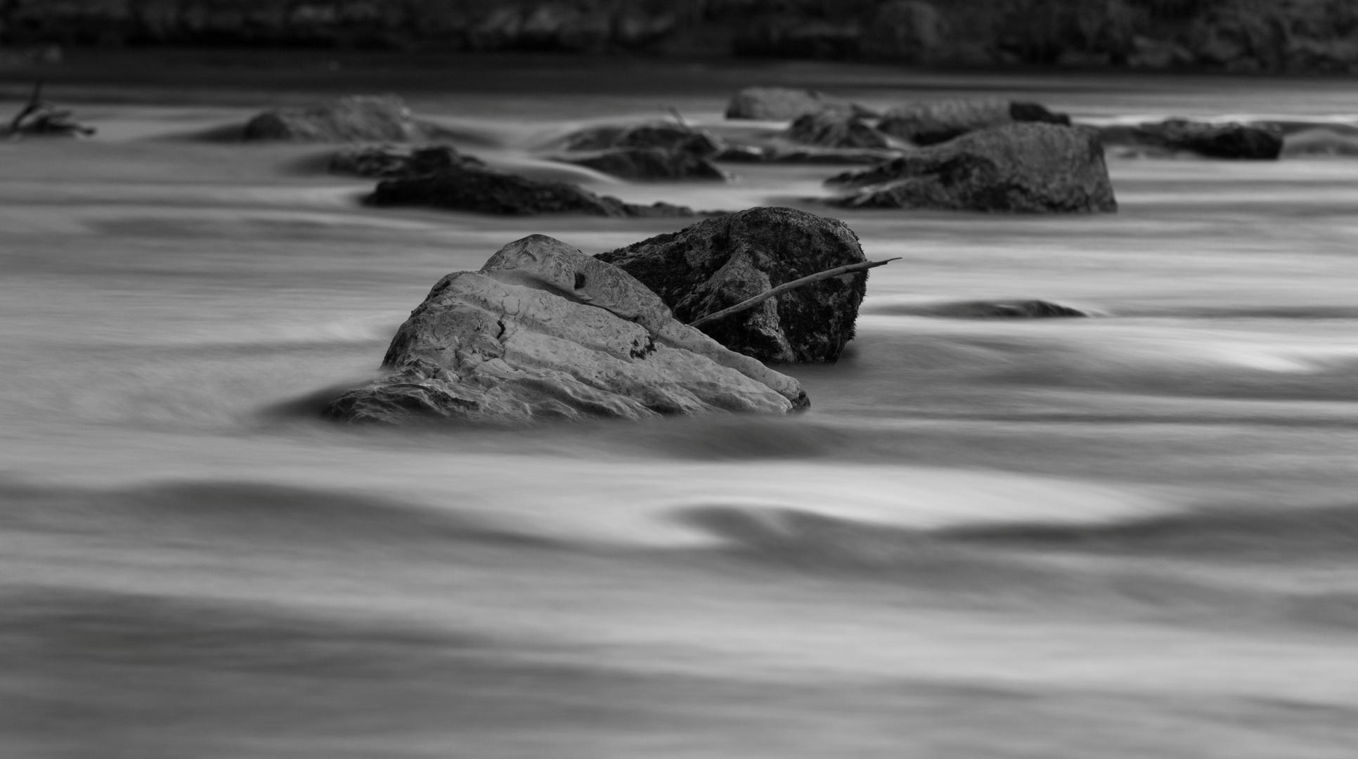 Rocks & Waves 1