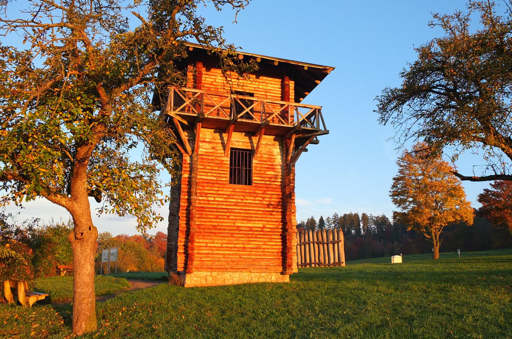 Römerturm in der Morgensonne