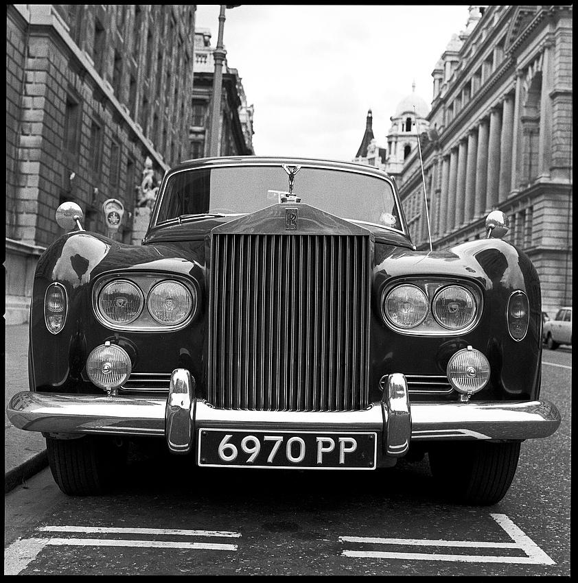 Rolls Royce - London 1974