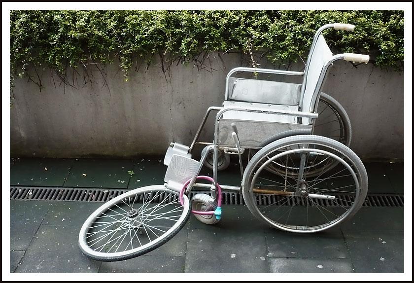 Rollstuhl und Fahrradklau