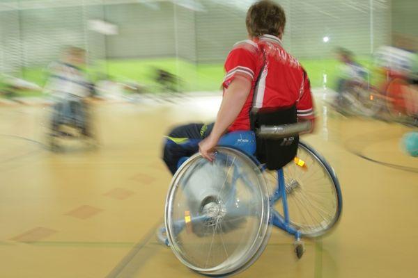 Rollstuhlhandball in Action