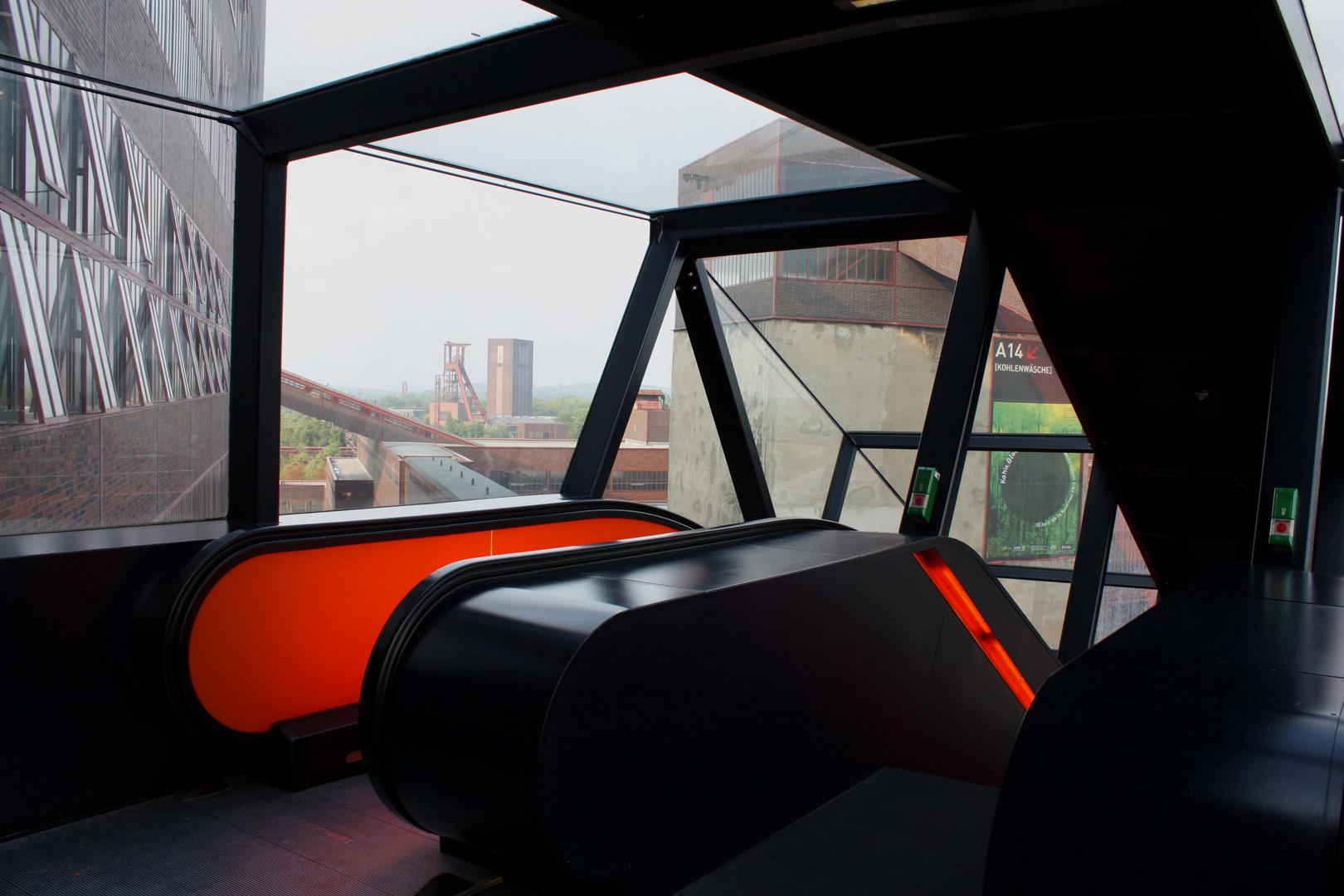 Rolltreppe auf Zollverein