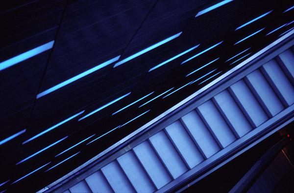 Rolltreppe in blau