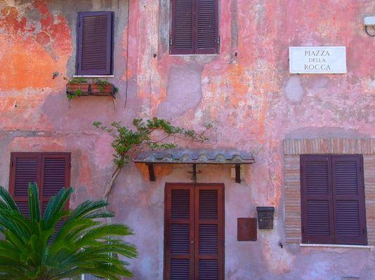 Rom +++ Piazza della Rocca