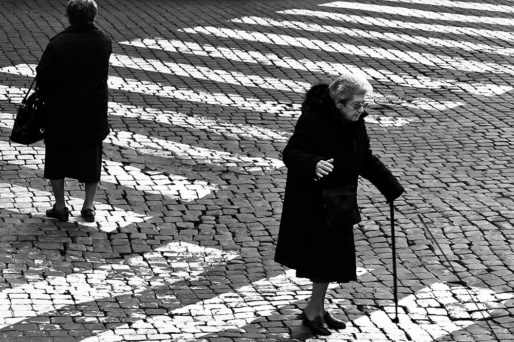 Roma #4 across the Street
