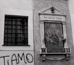 Roma ama Maria...