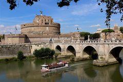 Roma ti accoglie sempre con i suoi colori...