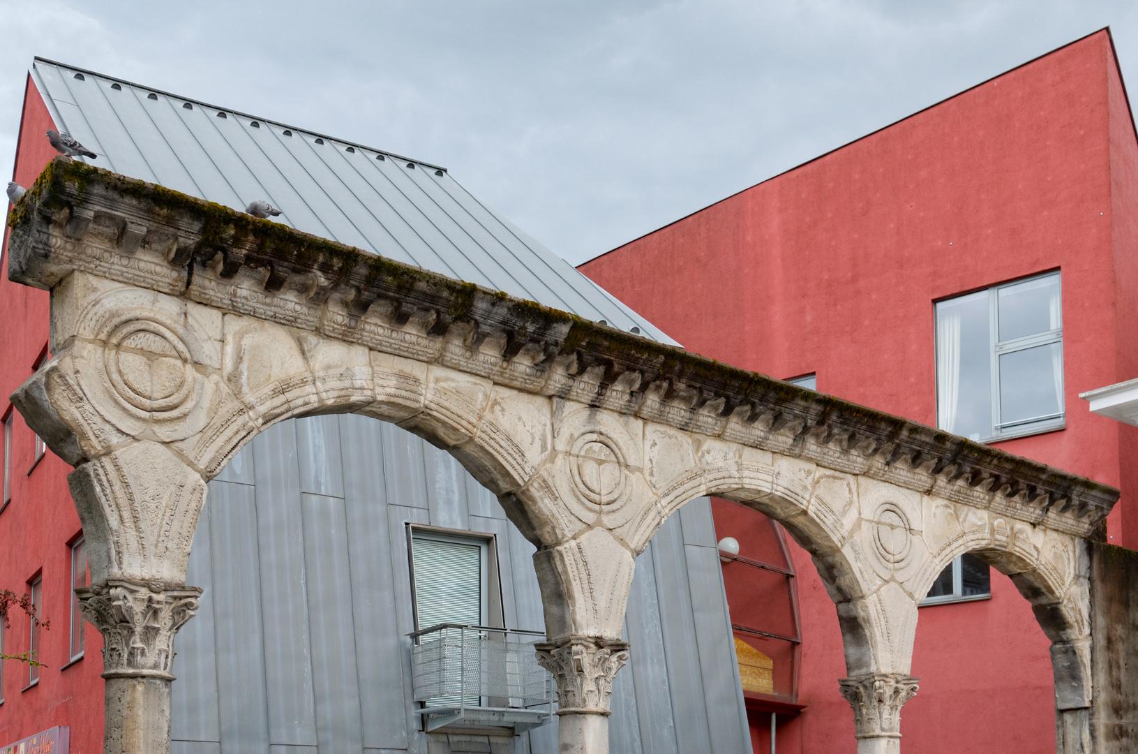 romanisch-gothisches Bauhaus