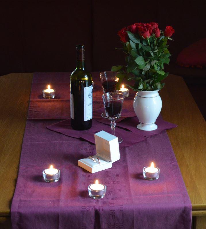 Romantisches Ambiente für Heiratsantrag