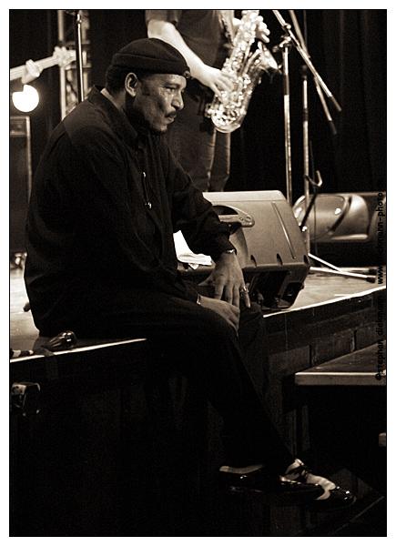 Ron Williams