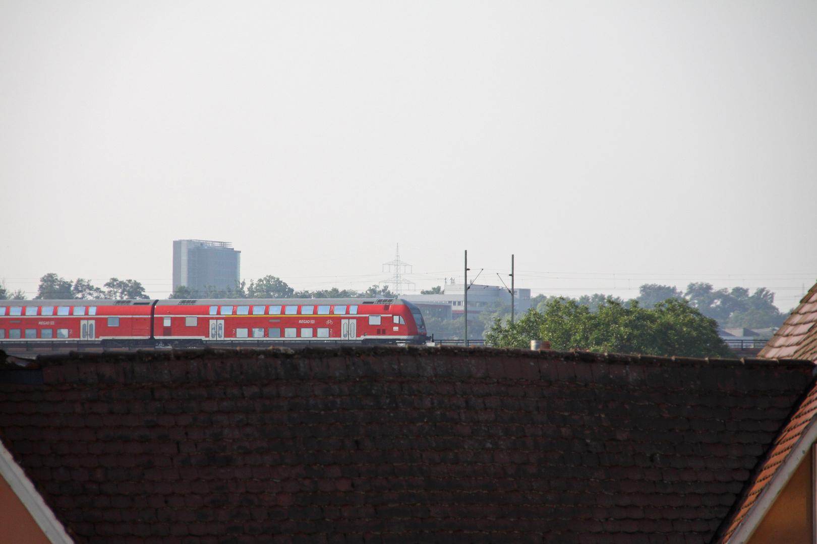 roof-train