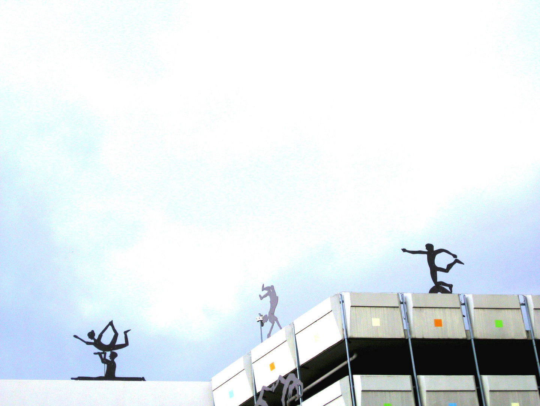 roof_dance