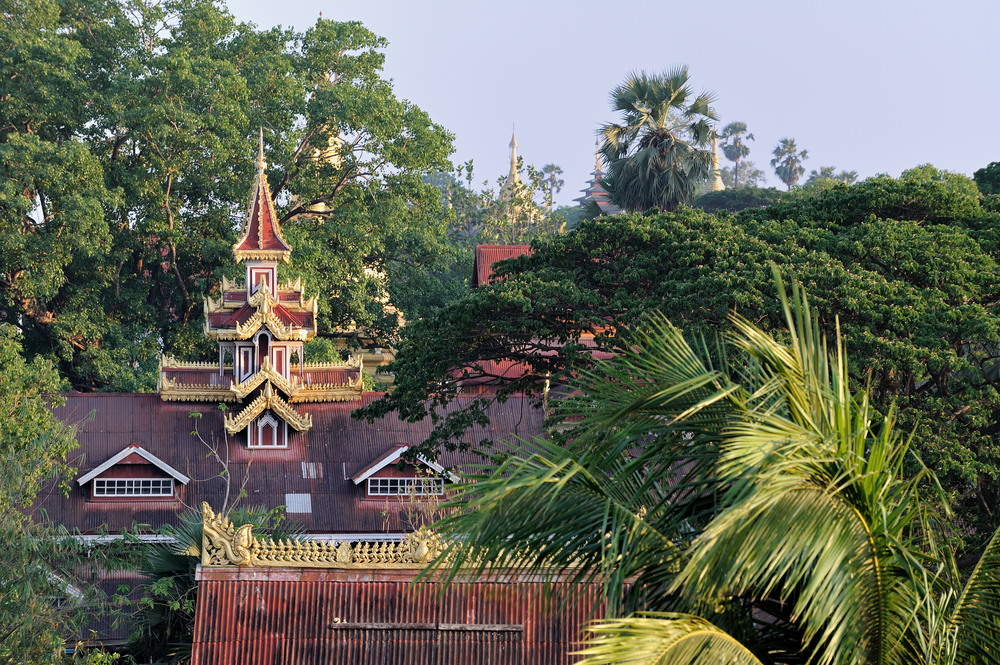 Roofs of Mawlamyaing