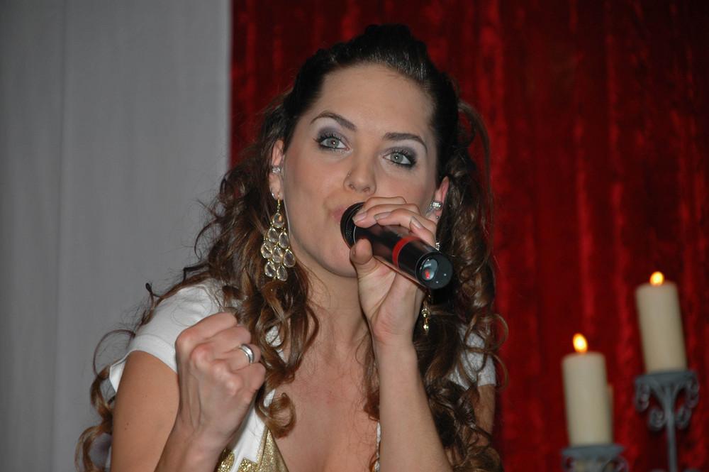 "Room 2012 Sängerin Tialda "" die neuen popstars"" pro7--"