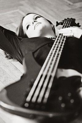 ROSA | Bass
