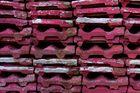 Rosafarbige Dachpfannen
