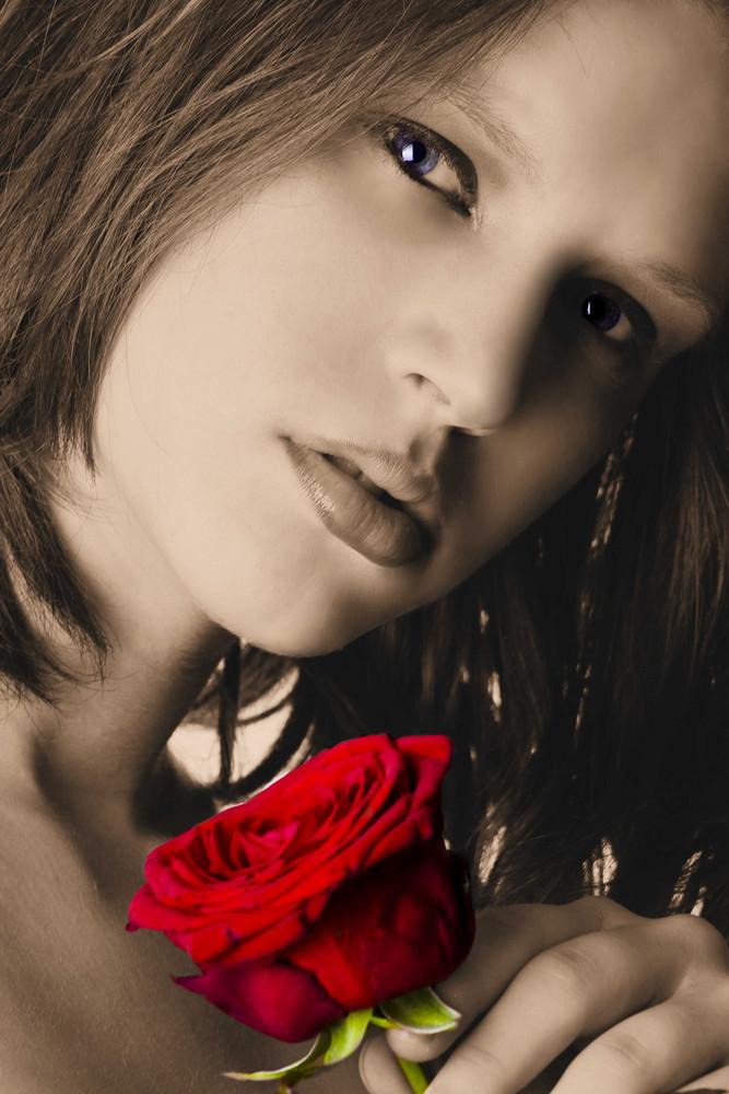 Rose Anja