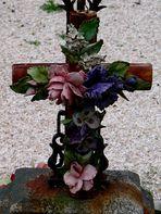 Rosen am Kreuz