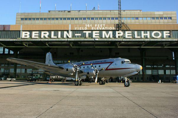 Rosinenbomber in Berlin-Tempelhof