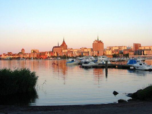 Rostock im Sonnenuntergang