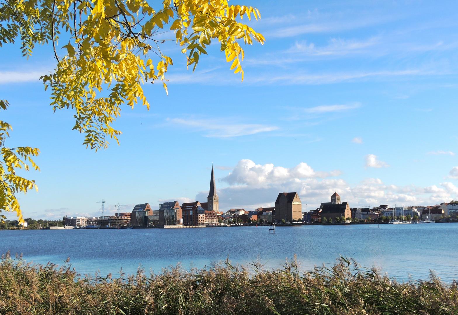 Rostock in der Herbstsonne