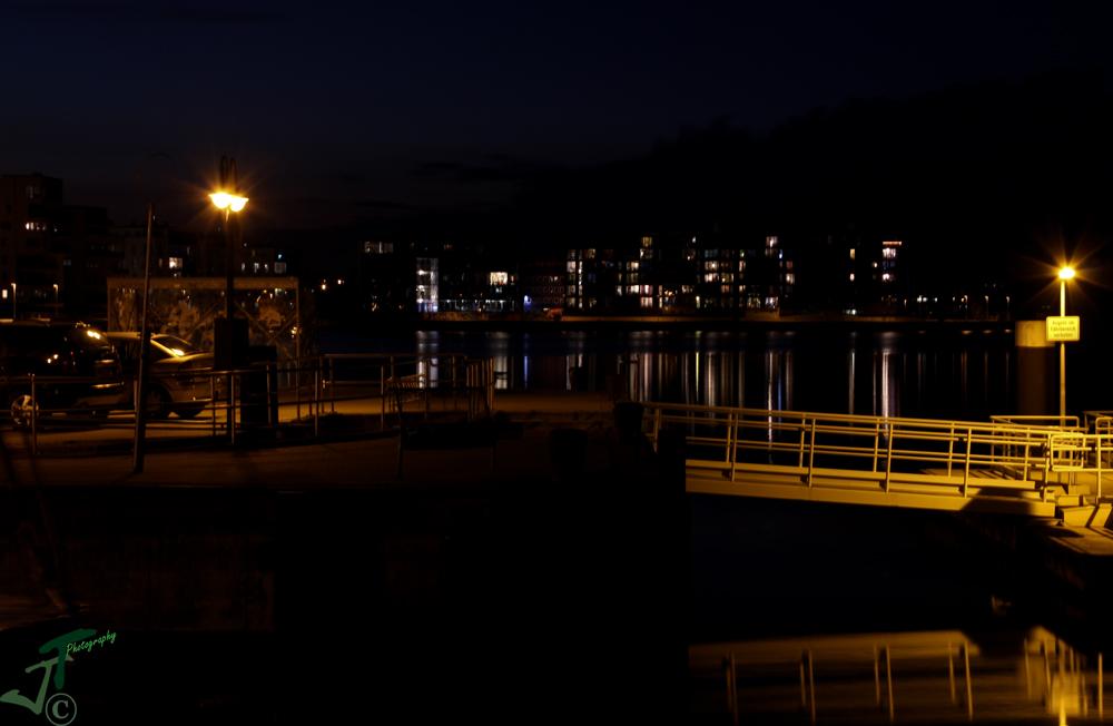 Rostocker Stadthafen im Abendlicht