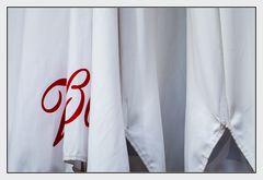 Rot auf Weiß