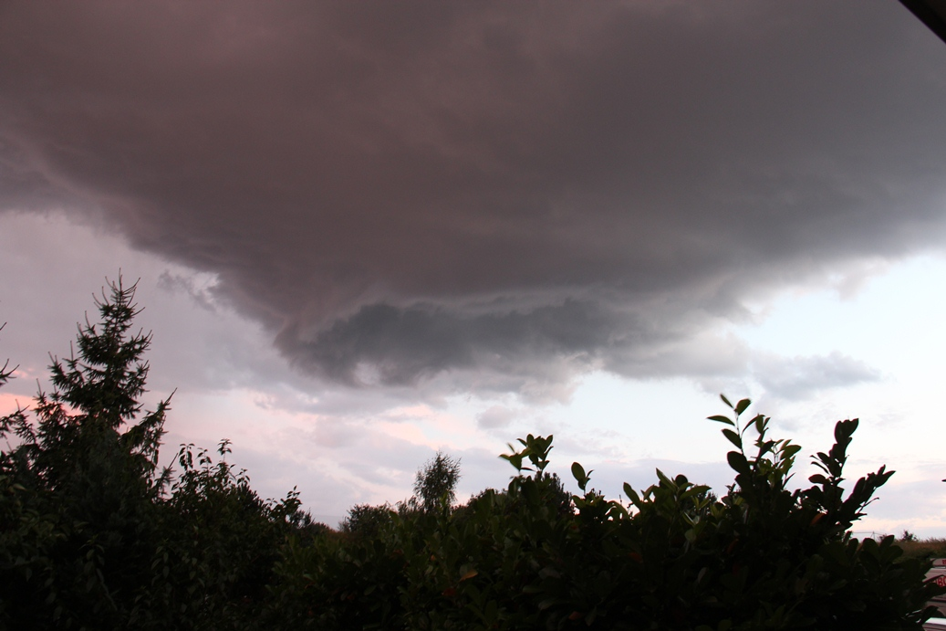 rotating funnel cloud...