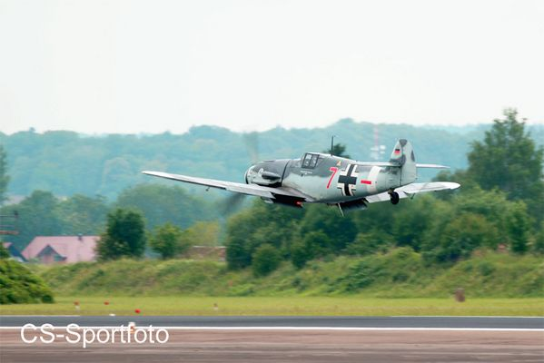 Rote 7 , 50 Jahre JG 74