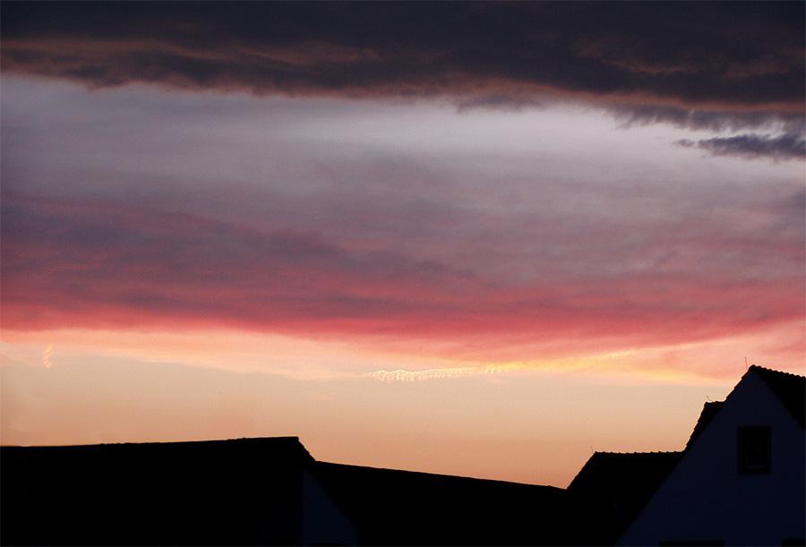 Rote Gewitterwolken