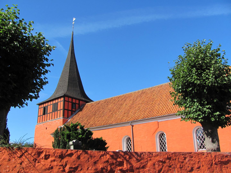 Rote Kirche auf Bornholm