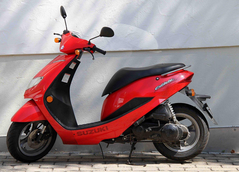 Rote Suzuki