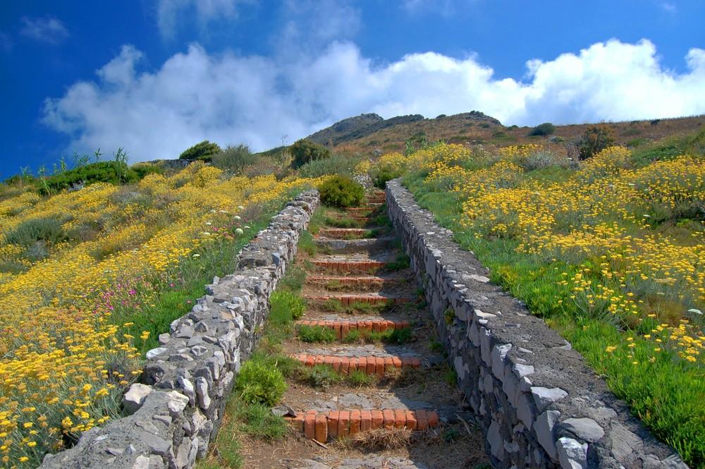 Rote-Ziegel-Treppe