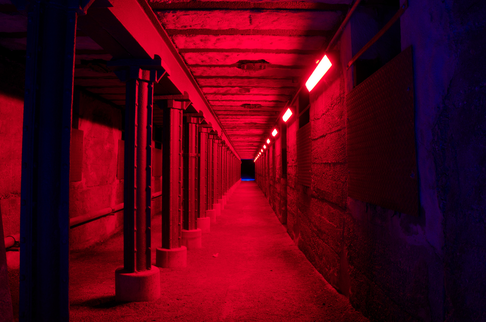 roter Tunnel