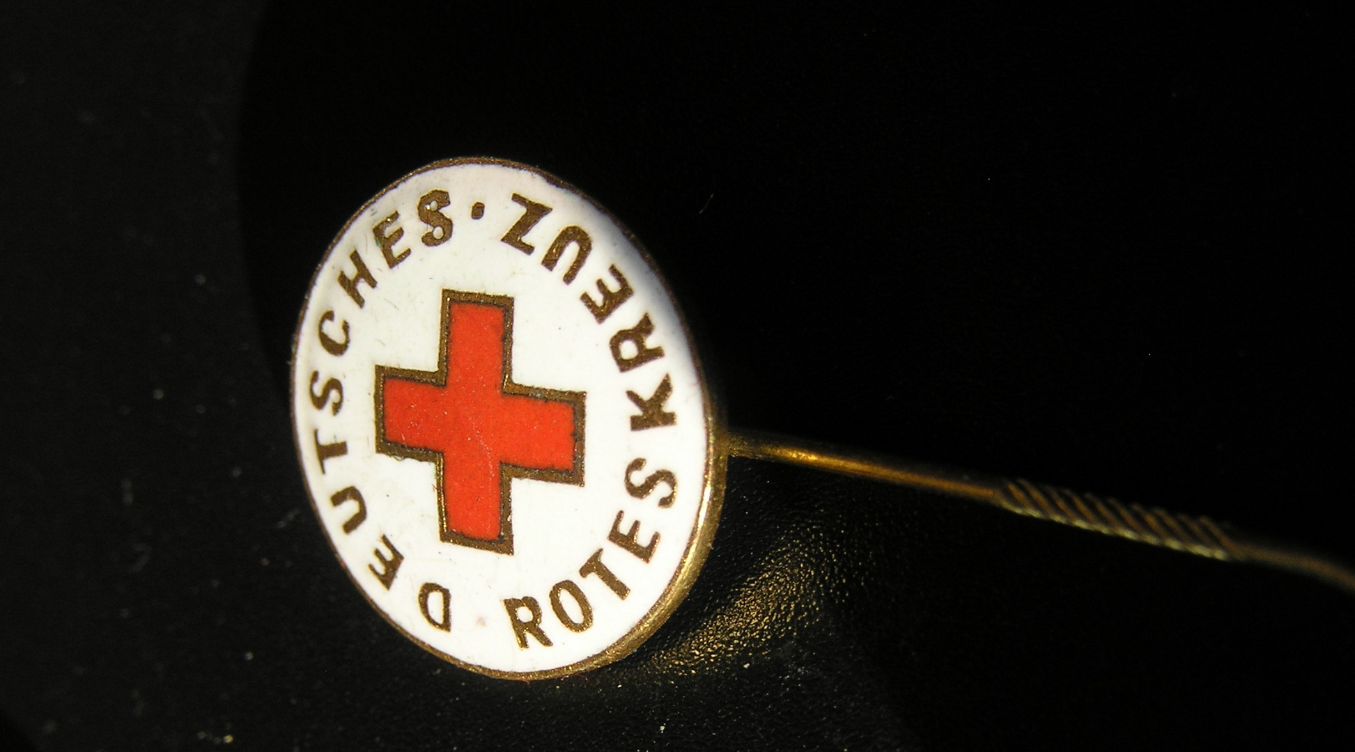 Rotes Kreuz - die Goldene