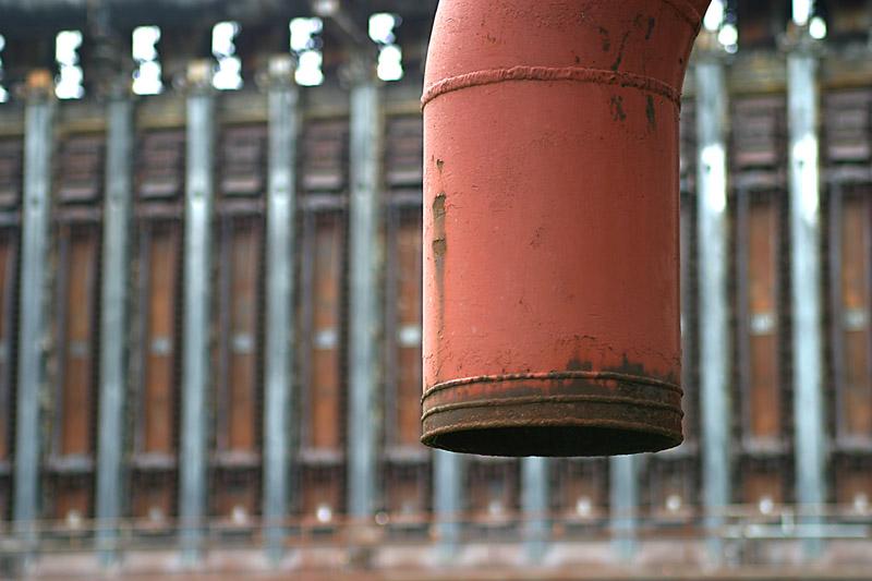 Rotes Rohr auf Zollverein
