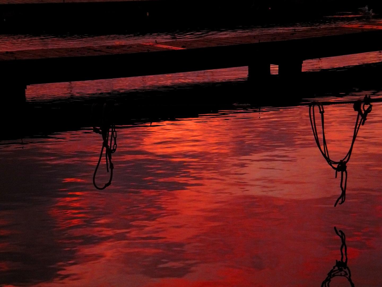 rotes Wasser